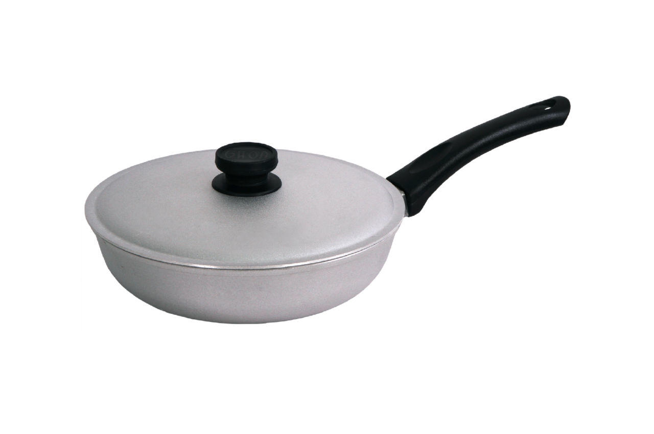 Сковорода алюминиевая Биол - 200 мм, с рифленым дном и крышкой