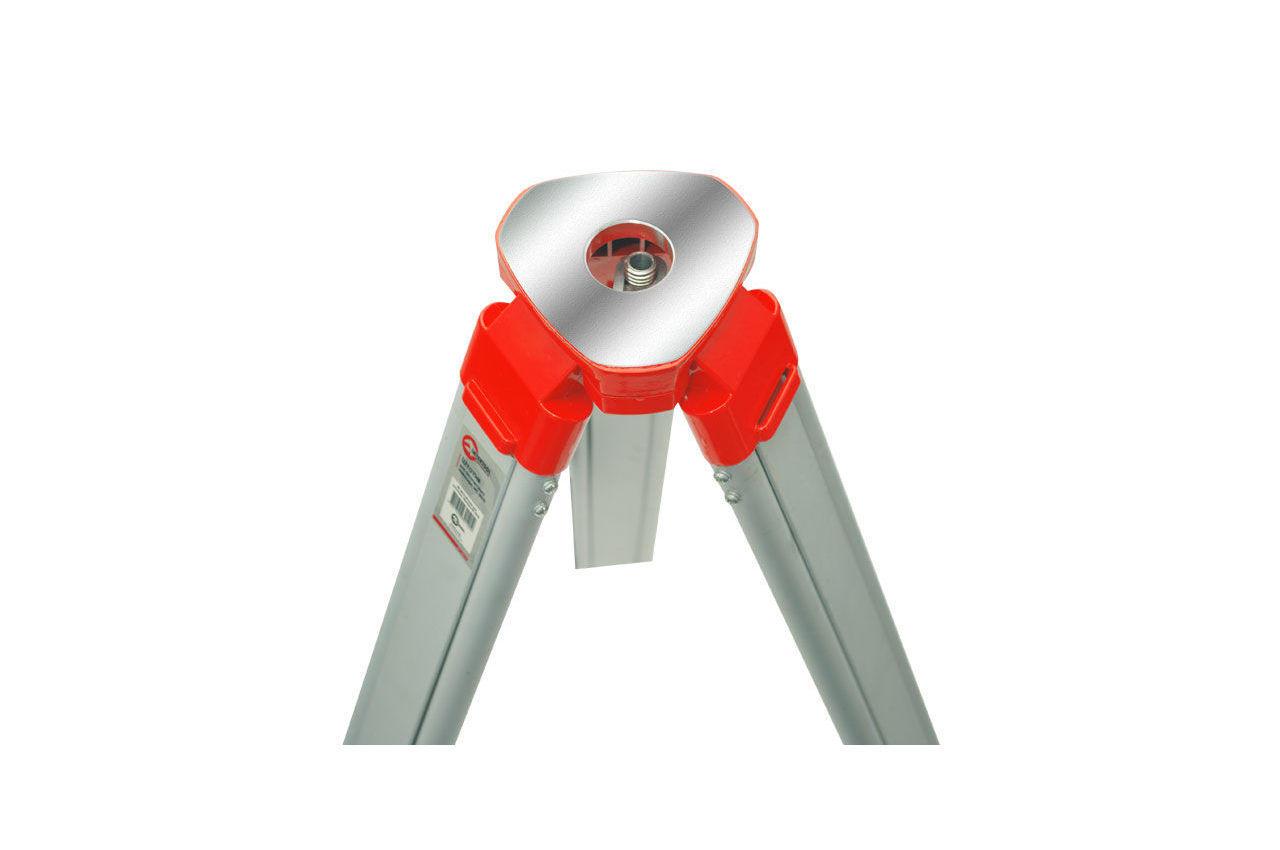 Штатив для оптического нивелира Intertool - 0,95 - 1,65 м, MT-3012