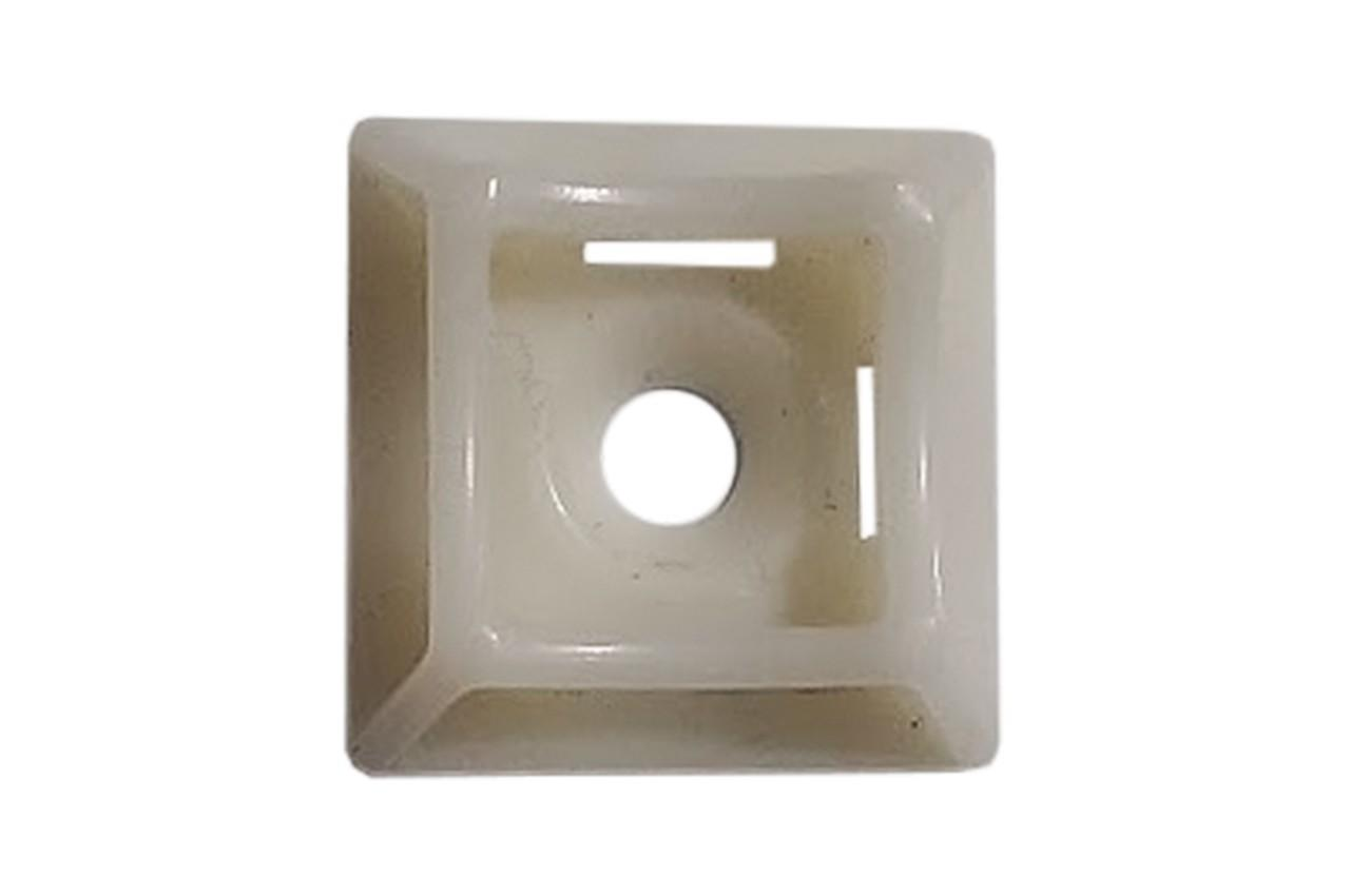 Площадка для хомута пластикового Apro - 20 x 20 мм, с отверстием белая (50 шт.)