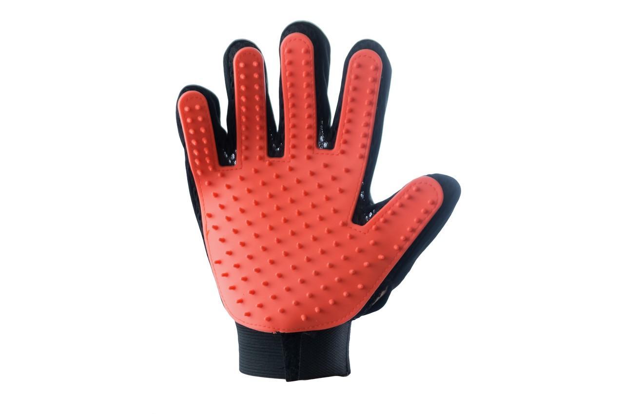Перчатка для вычесывания шерсти PRC - True Touch на правую руку